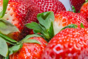 5 FANTASTIC SPRING FRUITS TO FIGHT CANCER